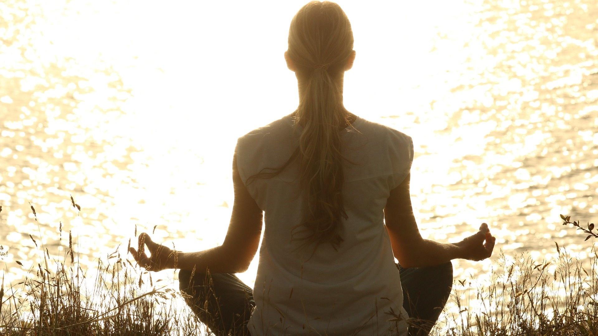 meditate-1851165_1920 Cropped
